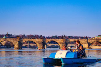 Tretboot, Prag, Moldau, Die Traumreiser