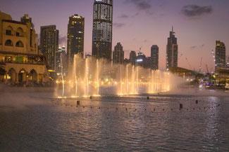 Dubai, VAE, UAE, Vereinigte Arabischen Emirate, Die Traumreiser, Burj Khalifa, Wasserspiele, Fontäne, Dubai Fountain