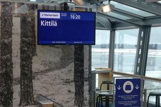 Helsinki Airport, Flughafen, Finnland, Anzeigetafel, Die Traumreiser