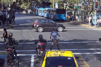 Jongleur, Sightseeing, Santiago de Chile, Südamerika, Chile, Die Traumreiser