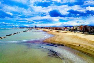 Rimini, Strand, Beach, Drohne, Italien, Die Traumreiser
