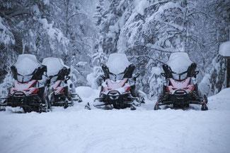 Lappland, Finnland, Finnisch Lappland, Die Traumreiser, Levi, Schneemobil