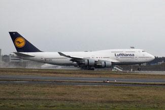 Lufthansa, Boeing 747, Frankfurt Flughafen, die Traumreiser