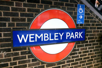 U-Bahn, Tube, London Wembley Park, Die Traumreiser