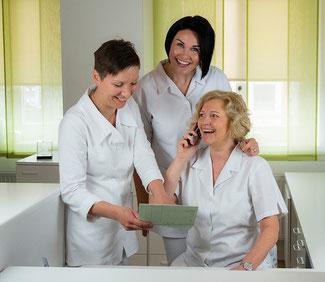 Zahnarztpraxis Dr. Juliane Schäffer in Hiddenhausen, Terminvergabe, kurze Wartezeiten, flexible Terminvergabe, Abendsprechstunde, Kindersprechstunde