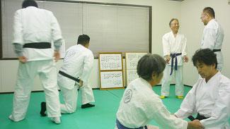 お稽古 千葉県鎌ケ谷市の八光流柔術健心会道場です。