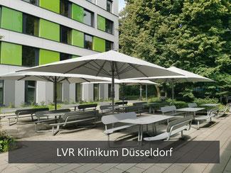 Sitzbänke aus HPL am LVR Klinikum Düsseldorf