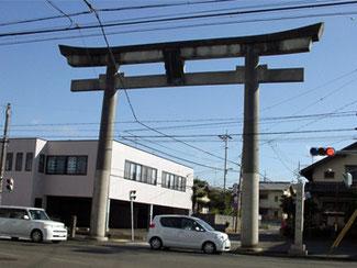 草薙神社 大鳥居