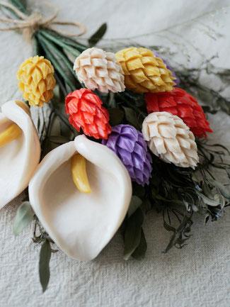 ソープカービング アレンジメント ケイトウ&カラー 花束
