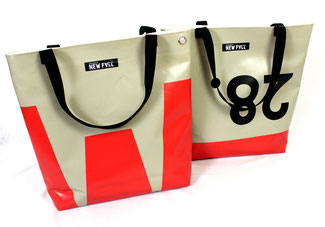 Recycling Einkaufstaschen, welche in Deutschland regional und sozial produziert wurden.