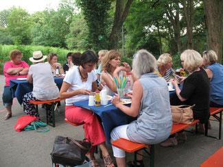 Grillfest im Jugendhaus in Malchen Sommer 2015 Foto: Ruth Sachwitz