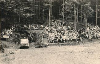 Der erste Zuschauerplatz der Freilichtbühne Bonbaden