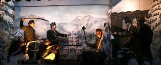 Schauspieler des Trachtenverein Neukirchen auf der Bühne
