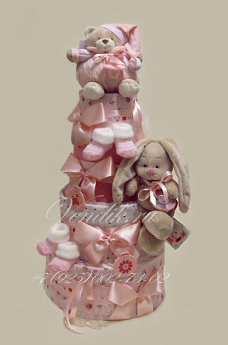Подарок для новорожденных девочек двойняшек или близнецов - торт из памперсов с пелёнками, детскими вещами
