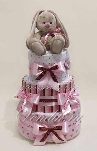Подарок для новорожденной девочки из памперсов и фланелевых пелёнок с мягкой игрушкой Зайкой Ми