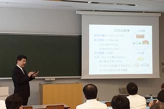 日本ヘルスケア学会 金光教授講演の様子
