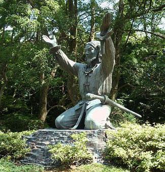 出雲大社にある大国主の銅像