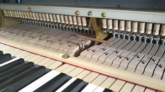 ピアノ内部 落とし物