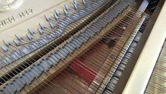 ピアノ 断線 弦交換 弦張替え