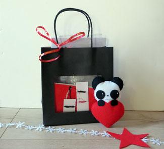 Faites vous-même mon panda dans un coeur en feutrine