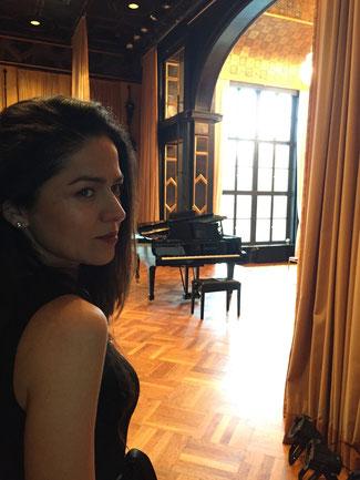 Professioneller Klavierunterricht in München-Haidhausen bei Konzertpianistin Ulviya Abdullayeva