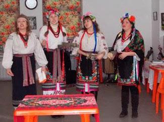 Фольклорно-обрядовий колектив «Оріани»  (Запоріжжя) на святі Колодія