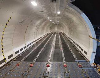 Waiting for 18,500 kgs of cargo… Image: Aviation Horizon