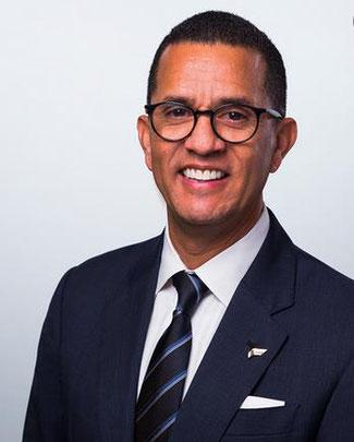 José Ubeda, Senior VP Digital Solutions Expeditor, promotes the recruitment program  -  company courtesy