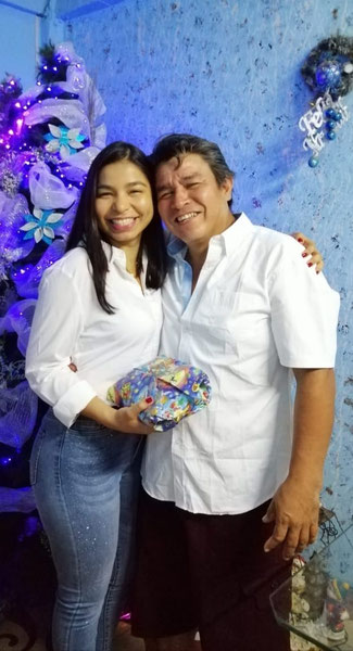 Angie Morales and her father  - photo: private