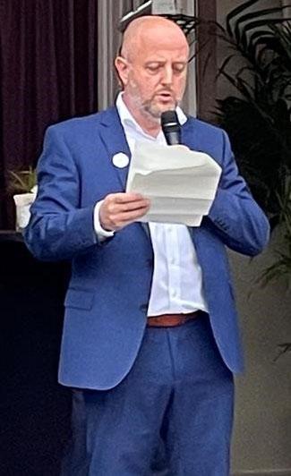 """Use smartphones, not paper,"" urged ACB Chief David Bellon -  photo: CFG/ms"