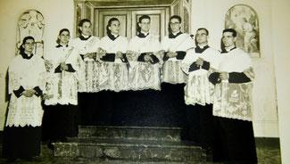 Da sinistra, Salvatore Di Cristina e Pino Puglisi - 1959, ordinazione diaconale