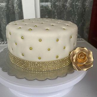 mladenačka torta Zürich