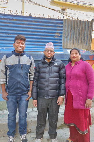 Navaraj mit seinen Eltern