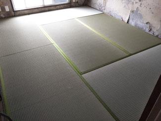 市営住宅メンテナンス中に畳を自費で新しく