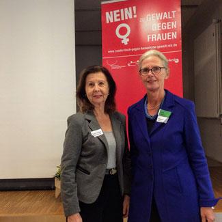 Bild von links nach rechts: Renate Frohnhöfer, Britta Lindemann (Gleichstellungsbeauftragte Rhein-Sieg-Kreis)