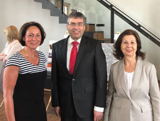v.l.n.r.: Nicole Westig, Harald Klippel, Renate Frohnhöfer