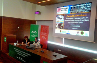 Ana Escobar presentando el proyecto