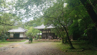 麓の白岩寺、円山応挙の幽霊画があるというが見る機会はない