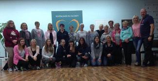 Selbstverteidigung für Frauen: Oliver Heine und seine 22 starken Damen