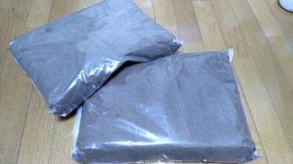 メタリフェルホソアカクワガタの幼虫飼育用完熟発酵マット。