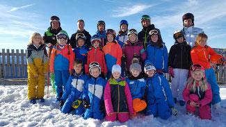 Erstes Training der neugebildeten Trainingsgemeinschaft Trauntal am 10. Dezember auf der Steinplatte.
