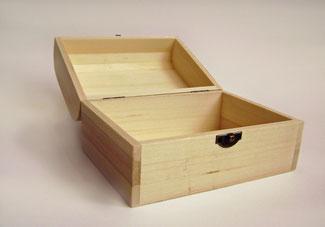 Statt einem Sarg kann bei Fehl- und Totgeburten auch so eine verschließbare Variante verwendet werden für eine unkremierte Beerdigung. Verwaltung der Feuerhalle: für eine Kremierung gibt es andere Sargvorschriften