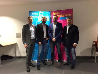 v.l.n.r.: Thorsten Koch (Kreisvorsitzender), Dennis Liebenthal (Spitzenkandidat für die VG), Thomas Selbach (Spitzenkandidat für den Stadtrat), Thomas Roth, MdL