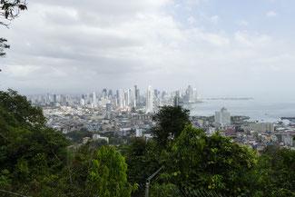 Panama City Skyline und Jogging Strecke