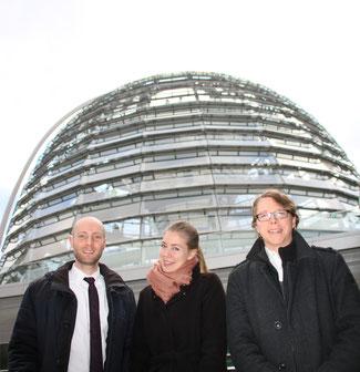 (v.l.n.r.) Simon Forster, Doris Schächter und Andy Fürste