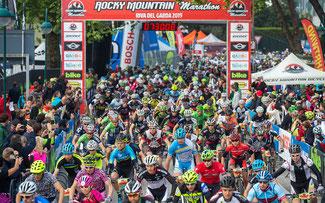 Marathon-Start: Wer findet den Dano? © Henning Angerer