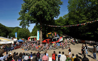 Startkurve beim Bike the Rock in Heubach © EGO-Promotion
