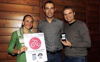 Eva Lechner und Manuel Quinziato - zwei Weltmeister für eine Idee: Giro-Challenge-Martelltal-App (mit rechts: Josef Bernhart/EURAC) © Sabine Jacob