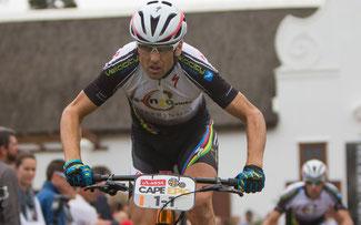 Christoph Sauser beim Absa Cape Epic 2014 © Sportzpics/Karin Schermbrucker