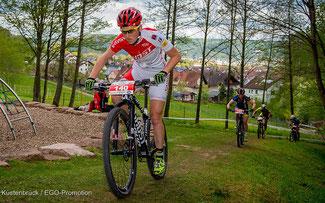 Helen Grobert auf dem Weg zu ihrem ersten Bundesligasieg ©Armin M. Küstenbrück/EGO Promotion